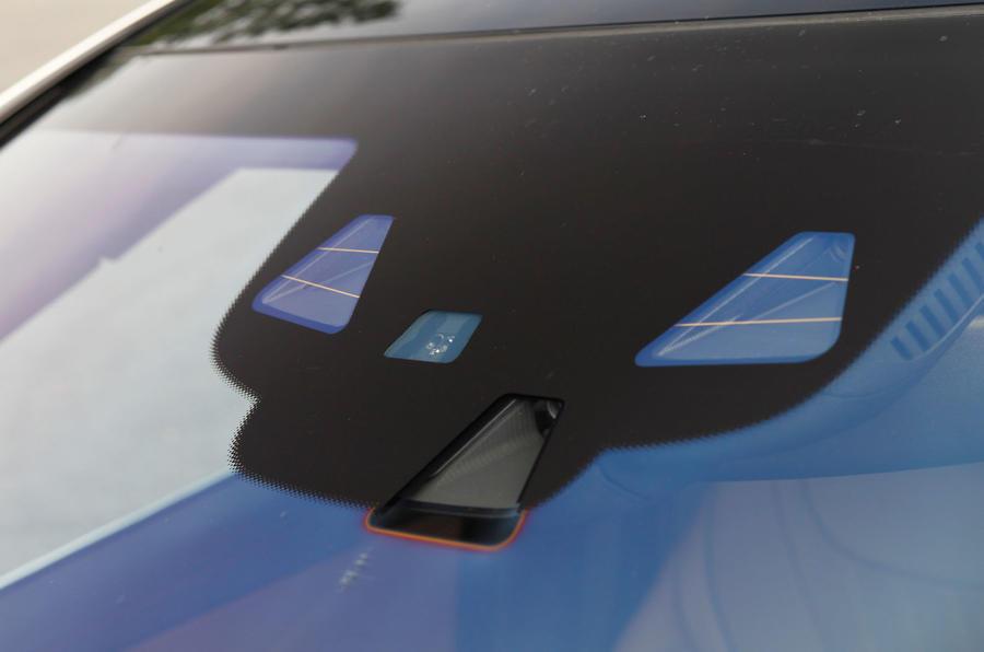 Mercedes-Benz S-Class safety sensors