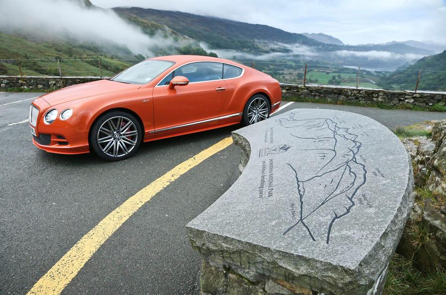 Comparison - Bentley Continental GT Speed vs. Mercedes S63 AMG coupé