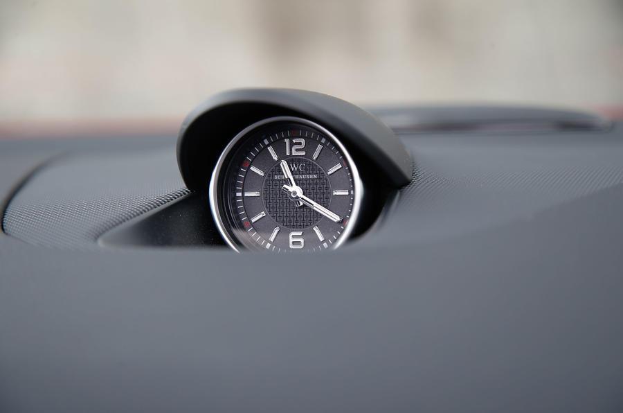 Mercedes-AMG SLC 43 chronography