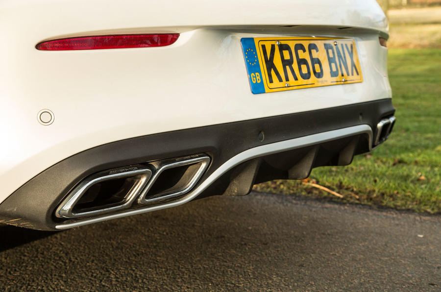 Mercedes-AMG C 63 Cabriolet quad-exhaust system