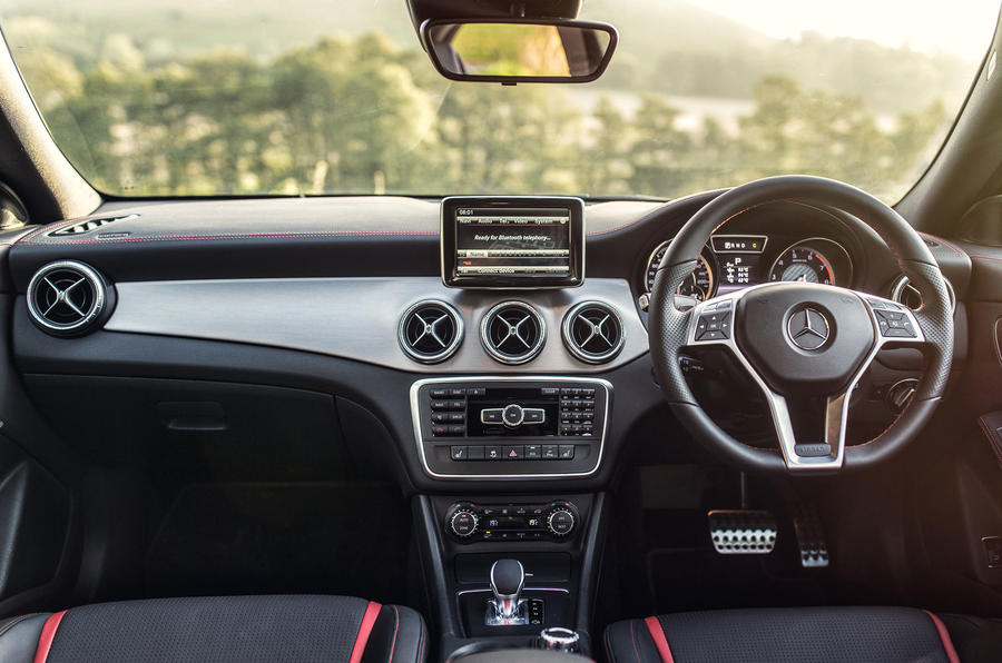 Mercedes-AMG CLA 45 dashboard