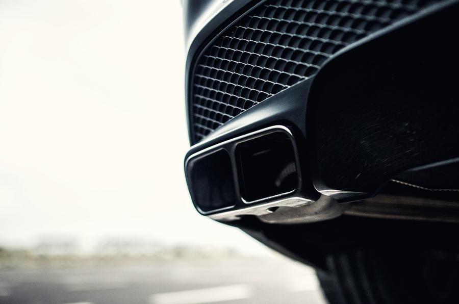 Mercedes-AMG CLA 45 quad exhaust