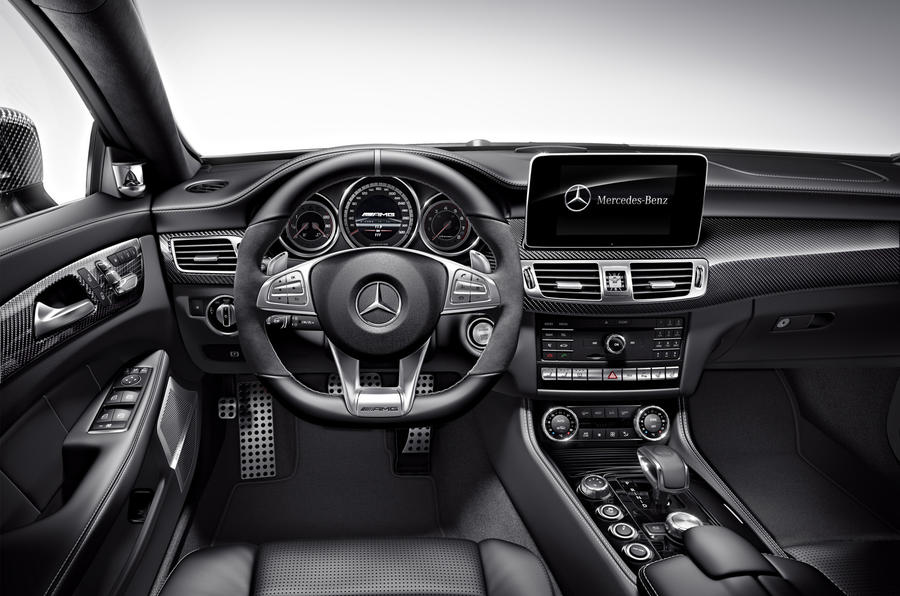 Mercedes-AMG CLS 63 S dashboard