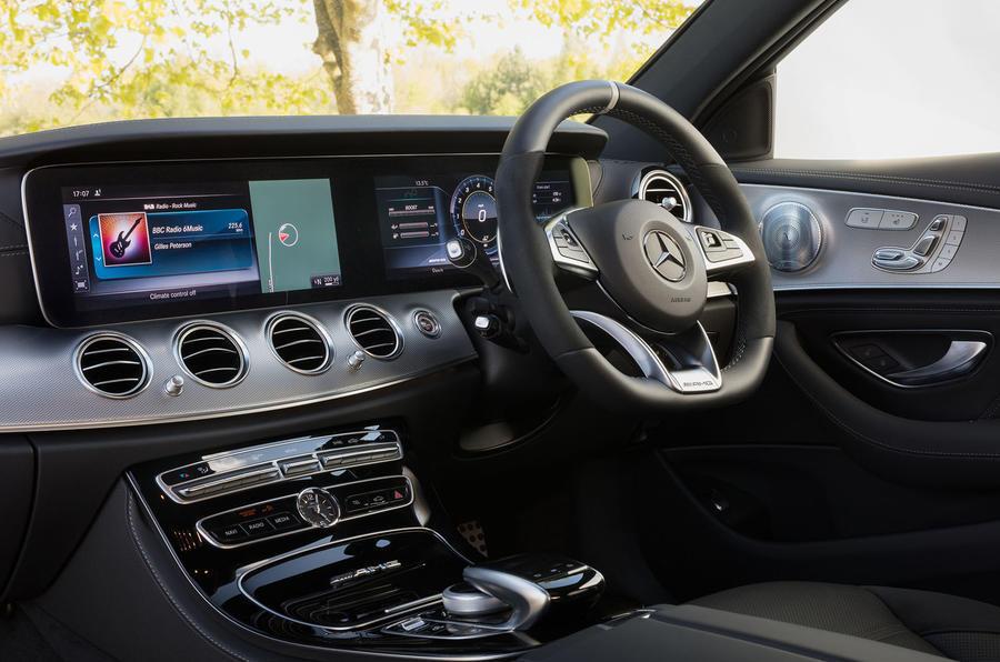 Mercedes-AMG E 63 centre console