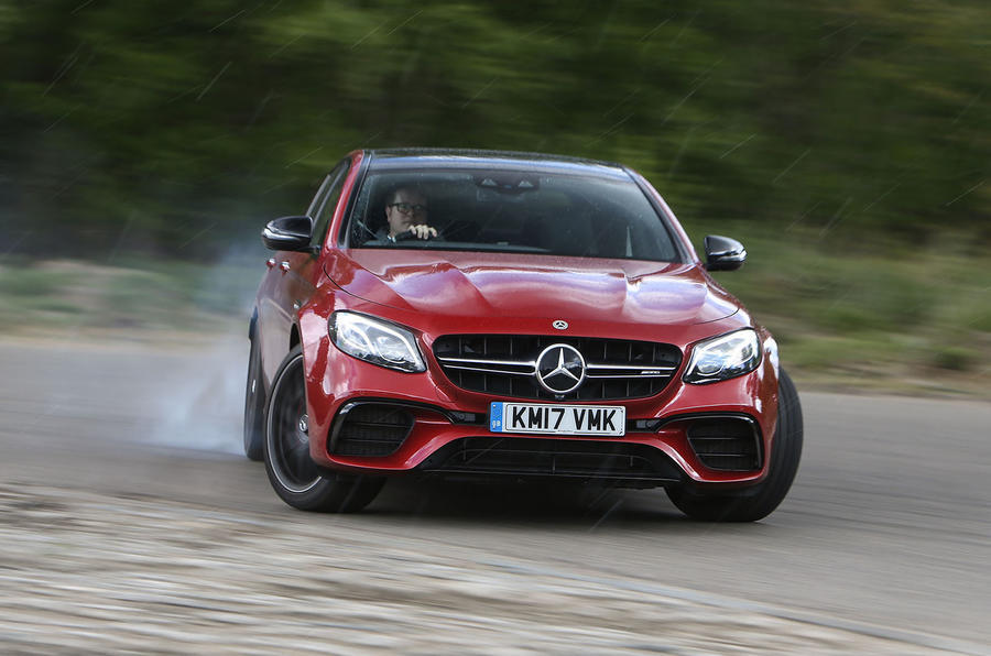 Mercedes-AMG E 63 full on drift