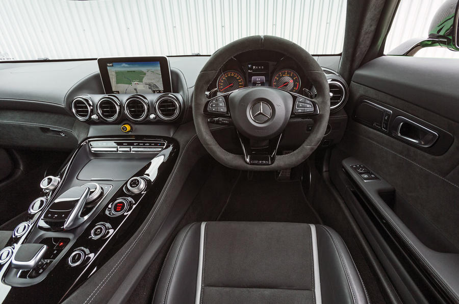 Mercedes-AMG GT R dashboard