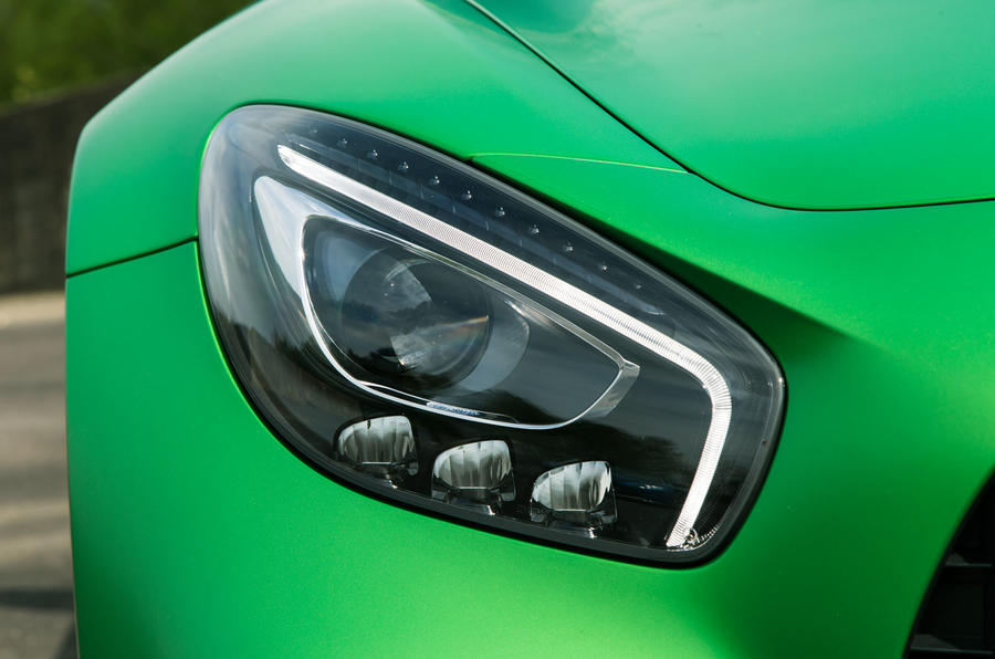 Mercedes-AMG GT R LED headlights