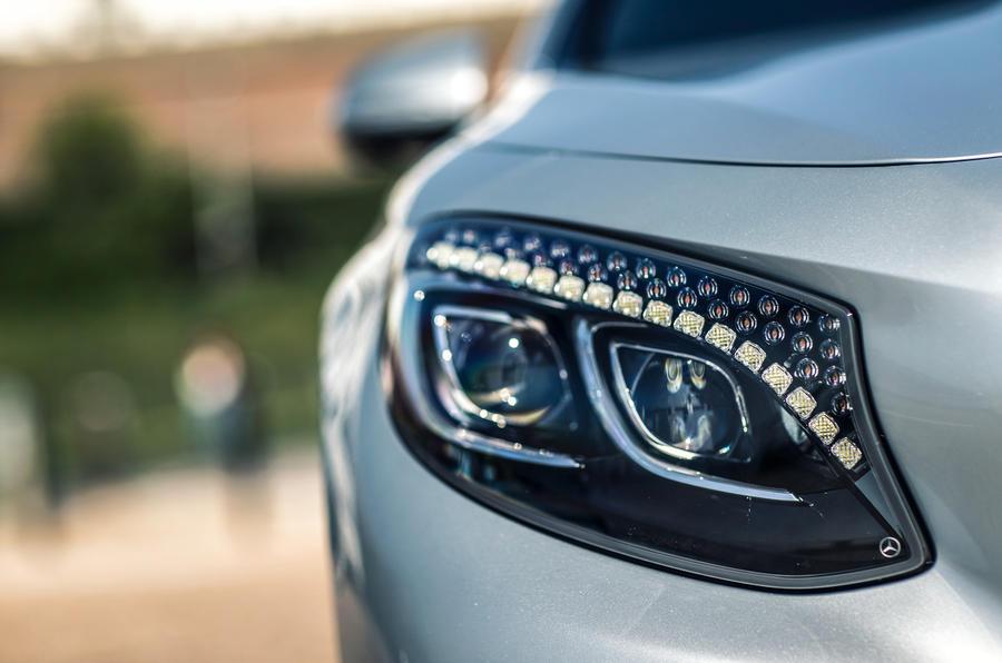 Mercedes-AMG S 63 Coupé LED headlights