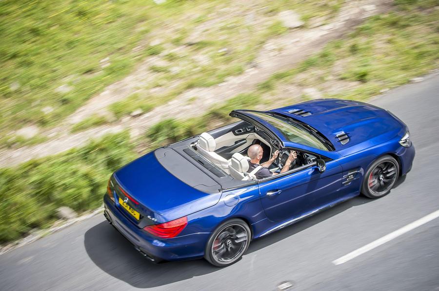 Mercedes-AMG SL 63 rear cornering