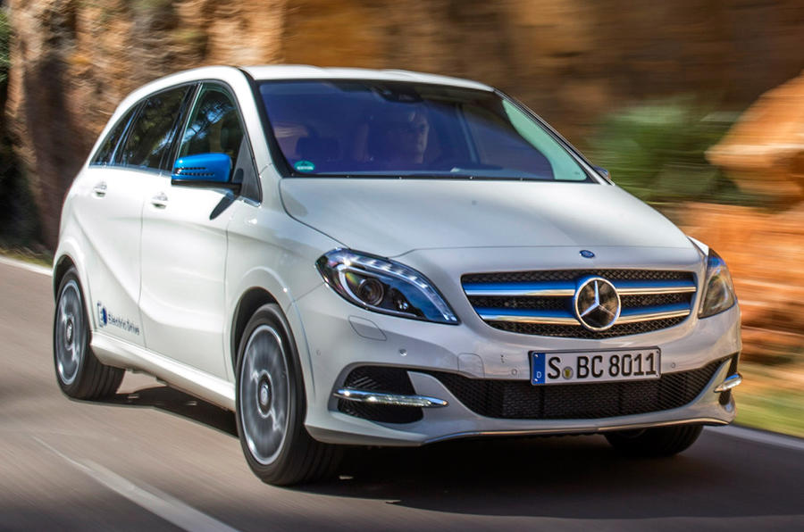 Mercedes benz b class electric drive review 2017 autocar for Mercedes benz hybrid cars