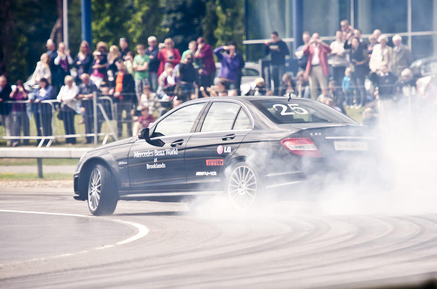 Drifter smashes world record