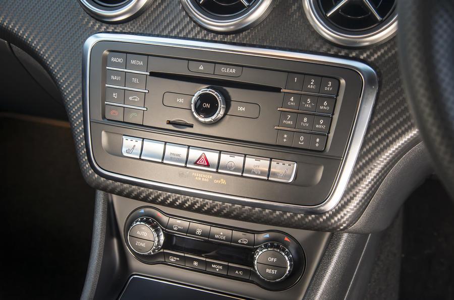 Mercedes-Benz A-Class centre console