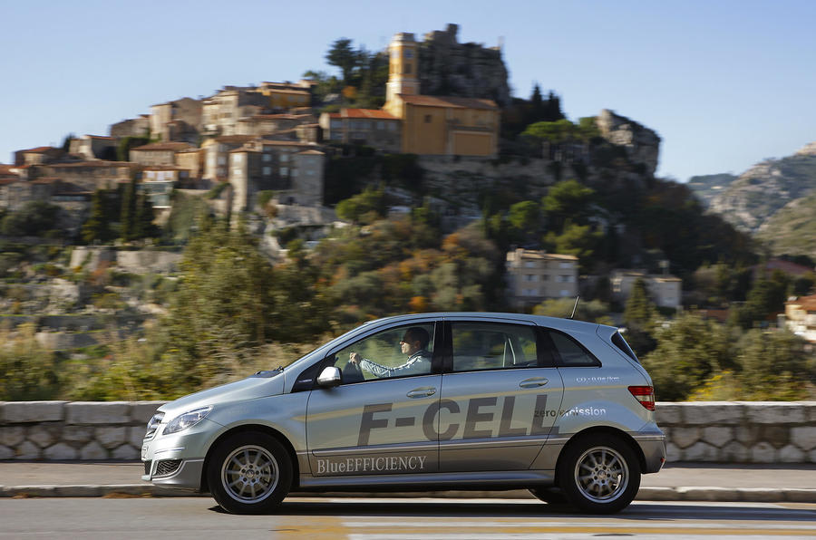 Merc to showcase F-cell tech