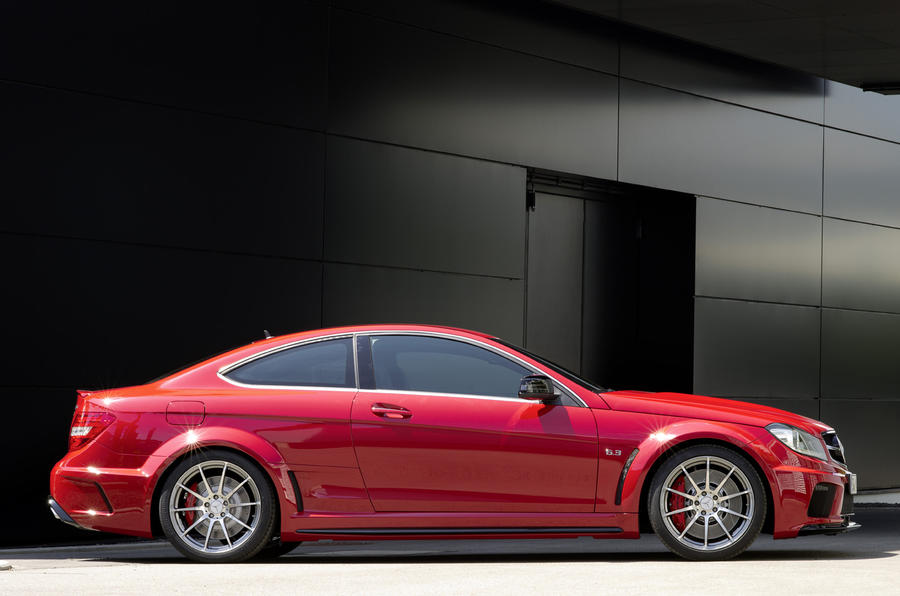 merc c63 amg black series revealed autocar. Black Bedroom Furniture Sets. Home Design Ideas
