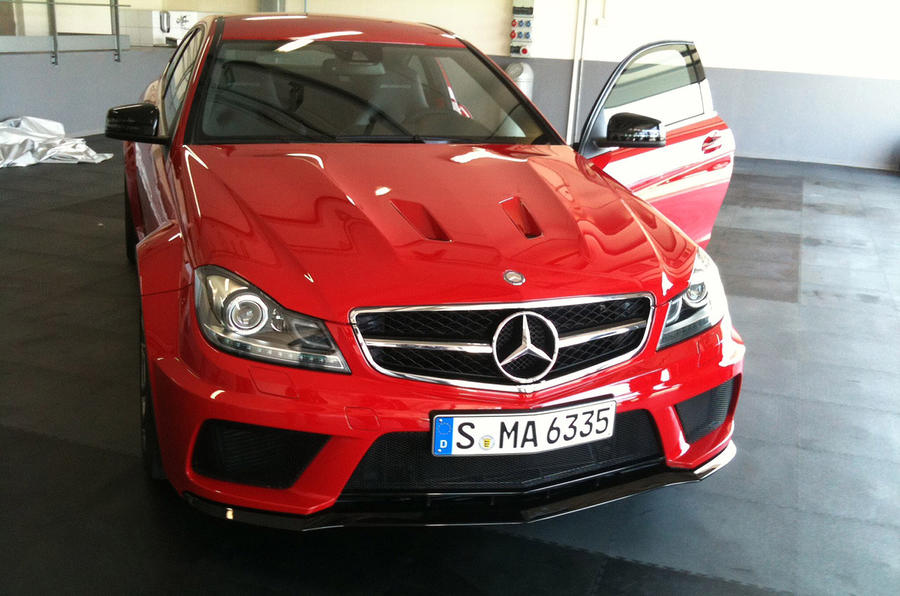 merc c63 amg black series leaked autocar. Black Bedroom Furniture Sets. Home Design Ideas