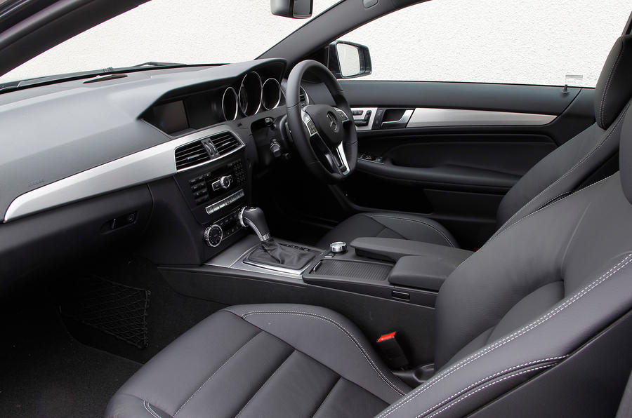 Mercedes-Benz C-Class Coupé interior