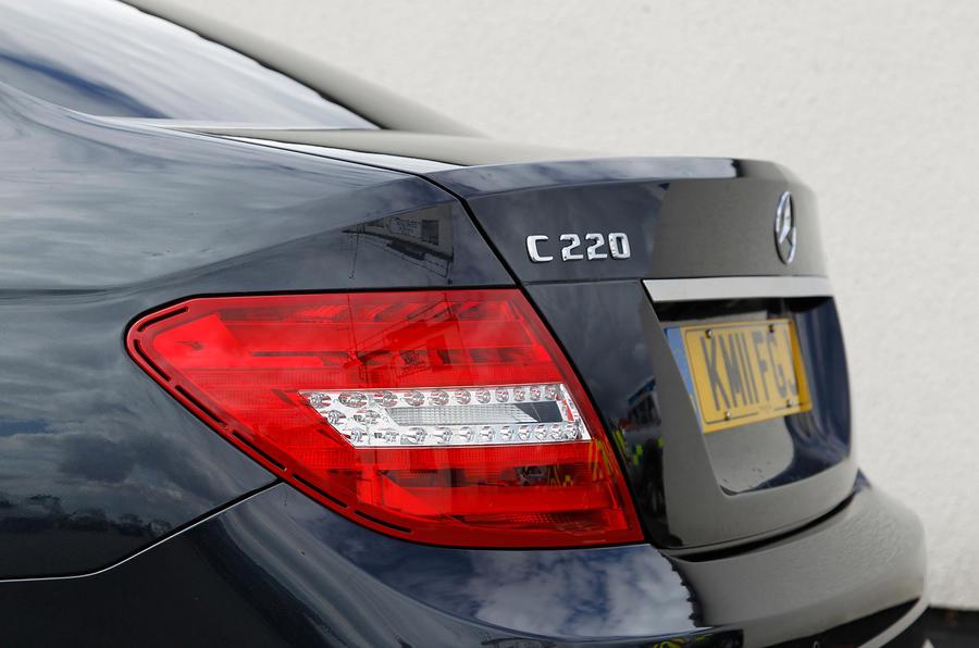 Mercedes-Benz C-Class Coupé tailight