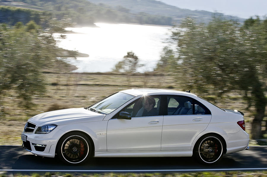 Mercedes-AMG C 63 2011-2015