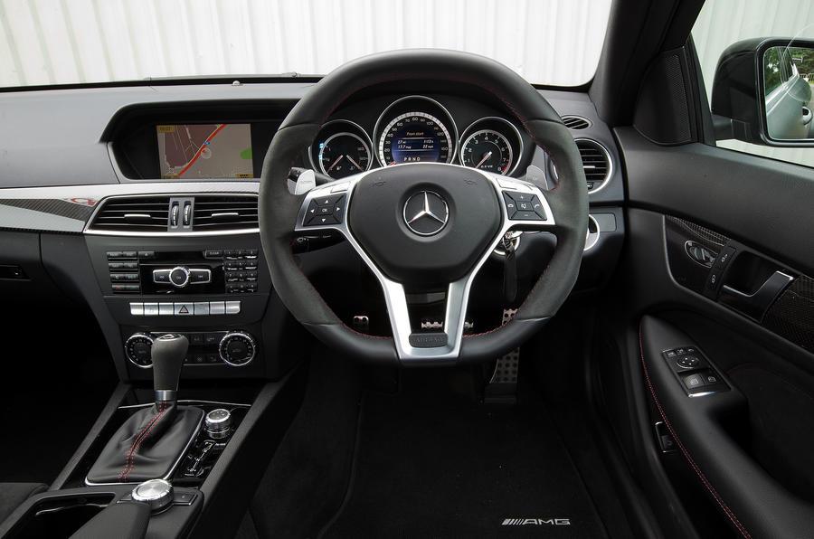 Mercedes-AMG C 63 Black Series Coupé dashboard