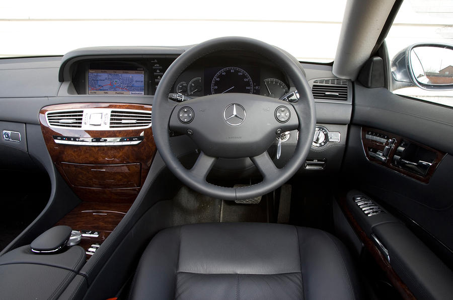 Mercedes-Benz CL dashboard