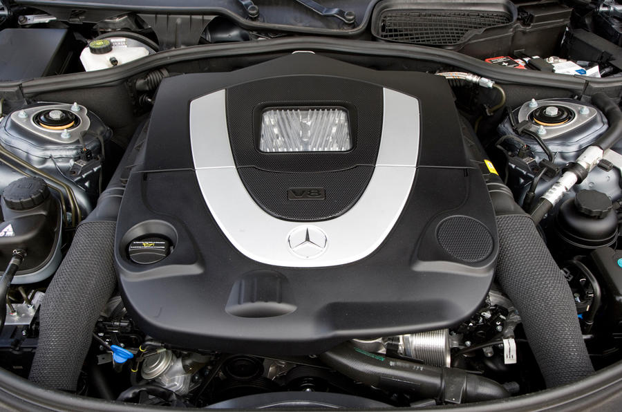 Mercedes-Benz CL 4.7-litre V8 engine