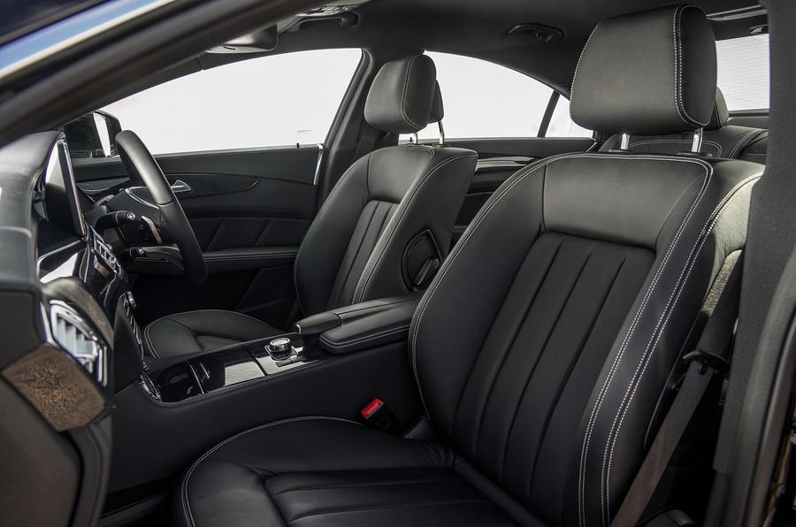 Mercedes benz cls review 2018 autocar for Cdi interior design