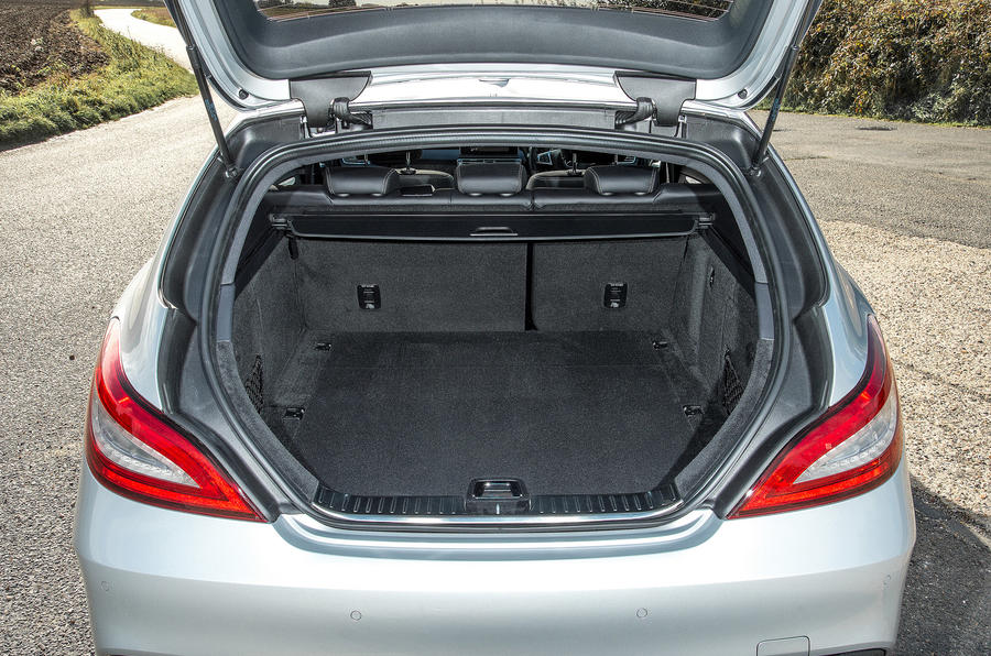 Mercedes-Benz CLS Shooting Brake boot space