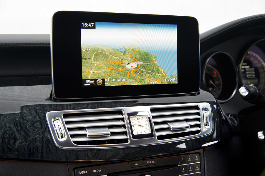 Mercedes-Benz CLS Shooting Brake infotainment system
