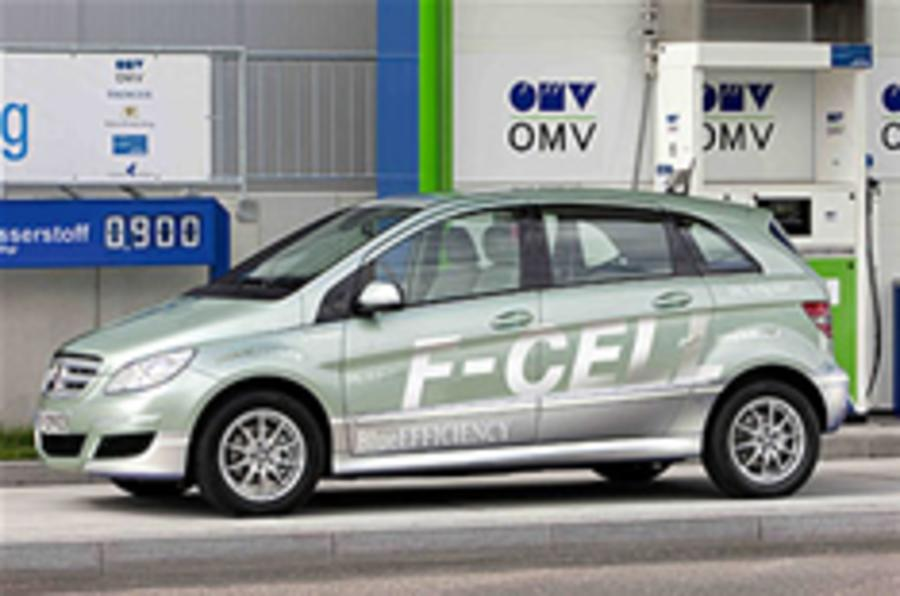 "Merc fuel cell ""weeks away"""