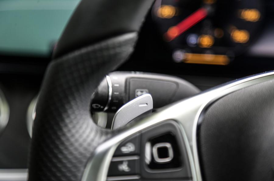 Mercedes-Benz E-Class Coupé paddle shifters
