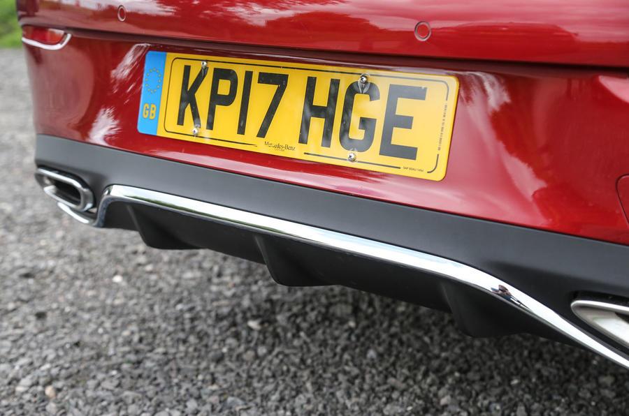 Mercedes-Benz E-Class Coupé rear splitter