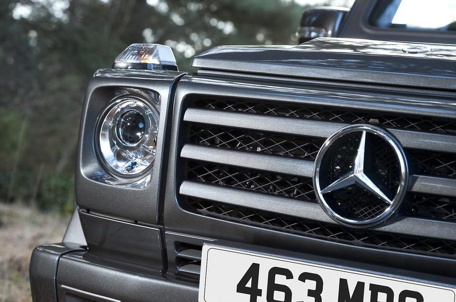 Mercedes-Benz G-Class round headlights