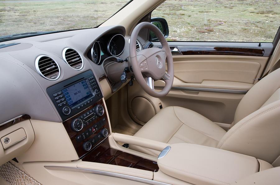 Mercedes-Benz GL interior