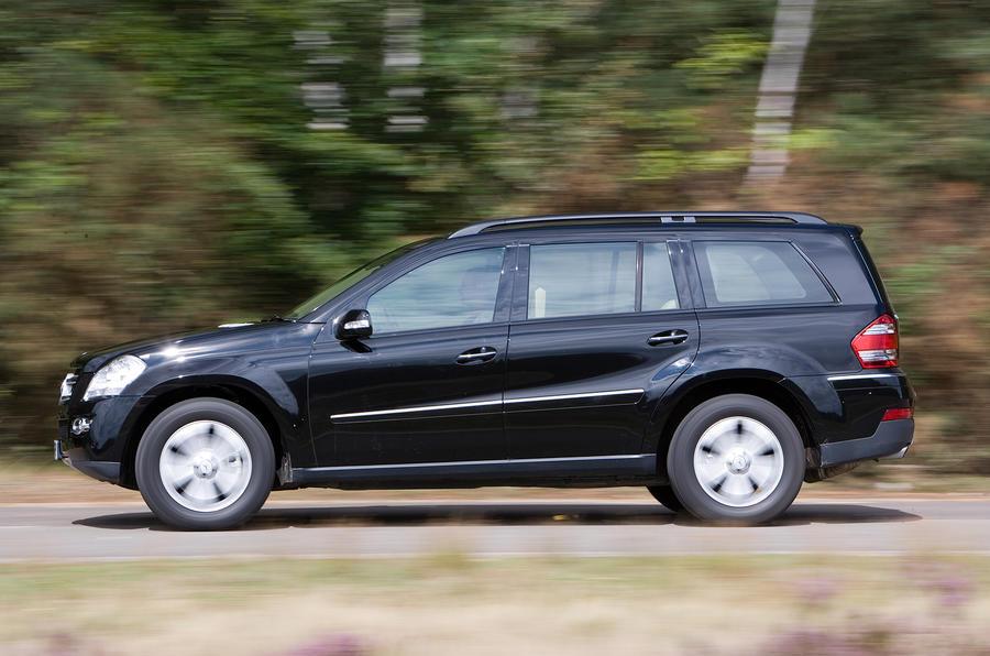 Mercedes-Benz GL side profile
