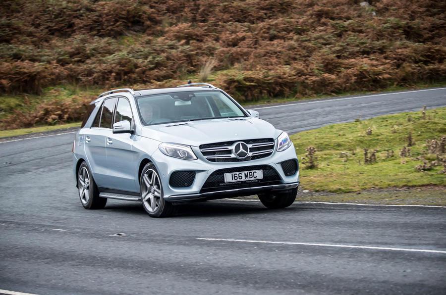 Mercedes-Benz GLE cornering