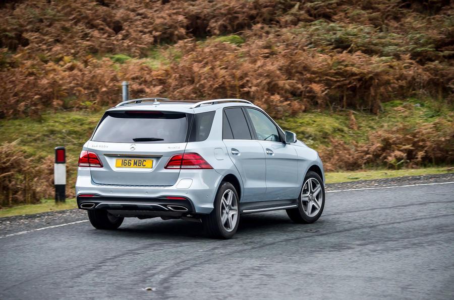 Mercedes-Benz GLE rear cornering