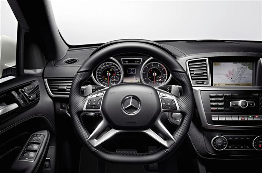 LA show: Mercedes ML63 AMG