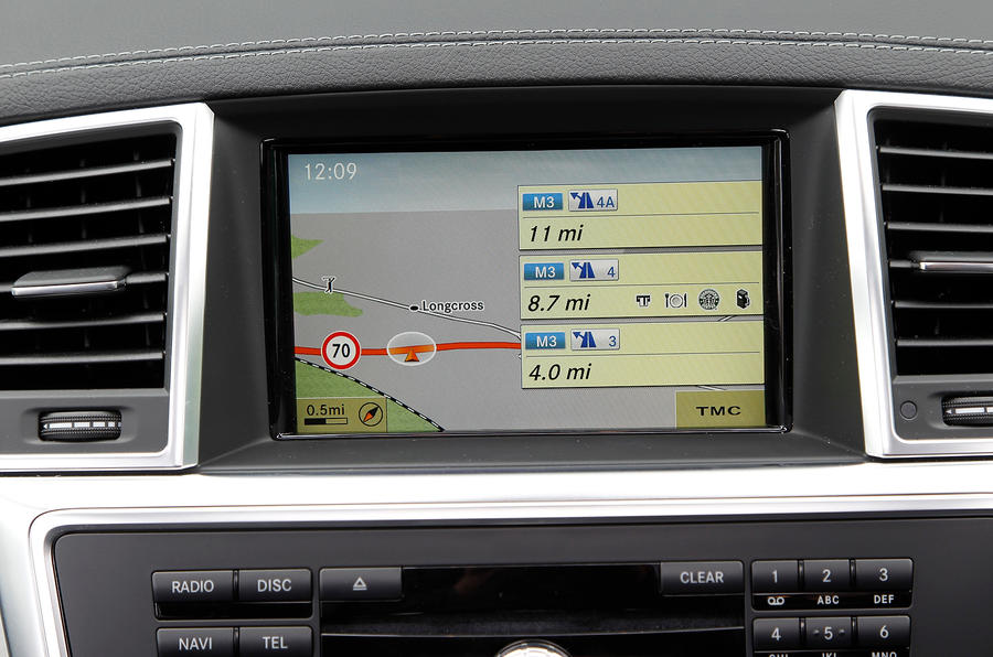 Mercedes-Benz M-Class infotainment system