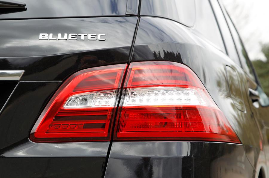 Mercedes-Benz M-Class rear lights
