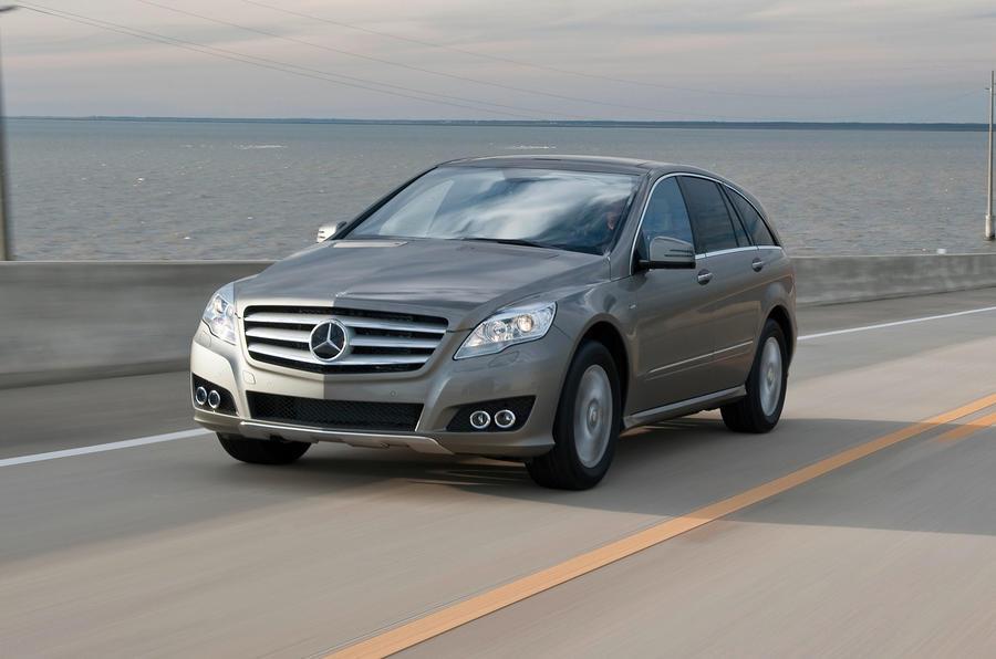 Mercedes-Benz R-Class front quarter
