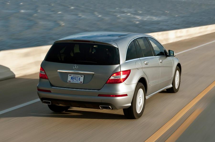 Mercedes-Benz R-Class rear quarter