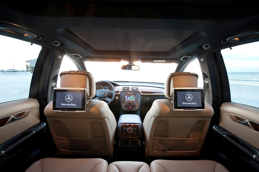 Mercedes-Benz R-Class rear seats