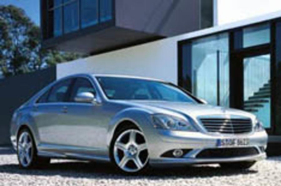 Mercedes flagship beefs up autocar for Mercedes benz flagship car