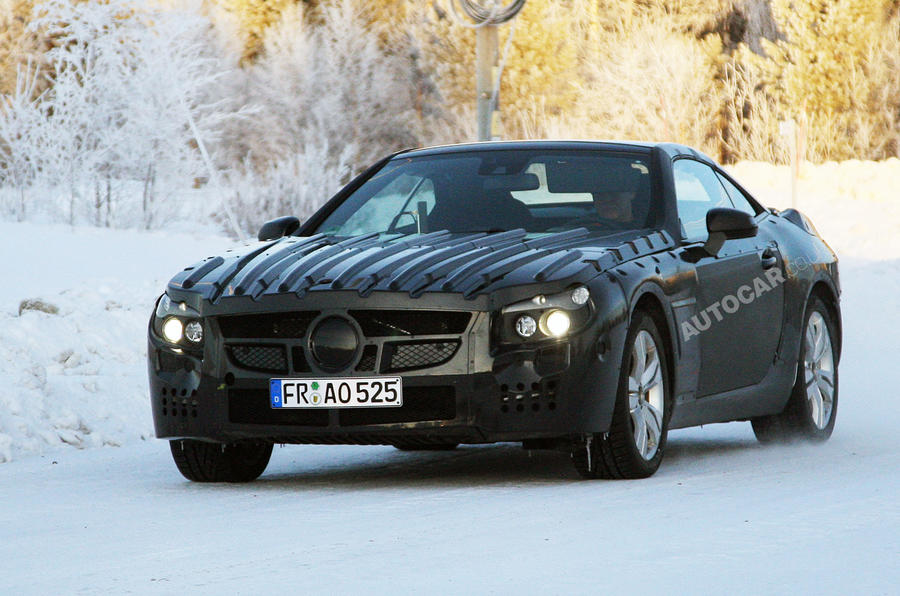 Mercedes SL to use carbonfibre
