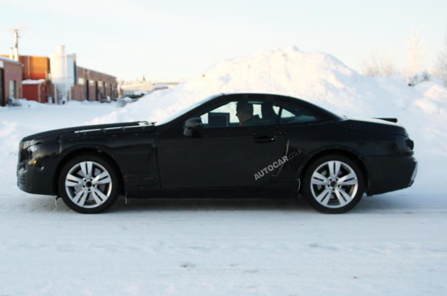 Mercedes SL to use carbonfibre