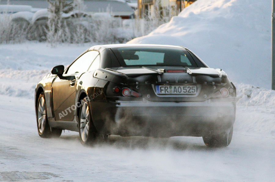 New Mercedes SL spied