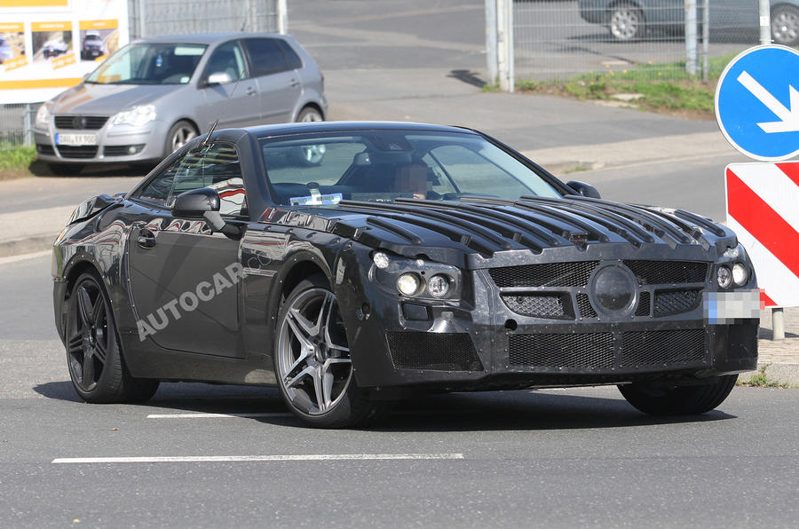 Next Merc SL63 AMG - first pics