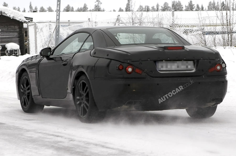 Mercedes SL spied - pics + video