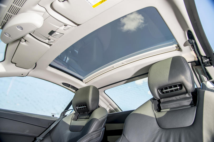 Mercedes-Benz SL sunroof