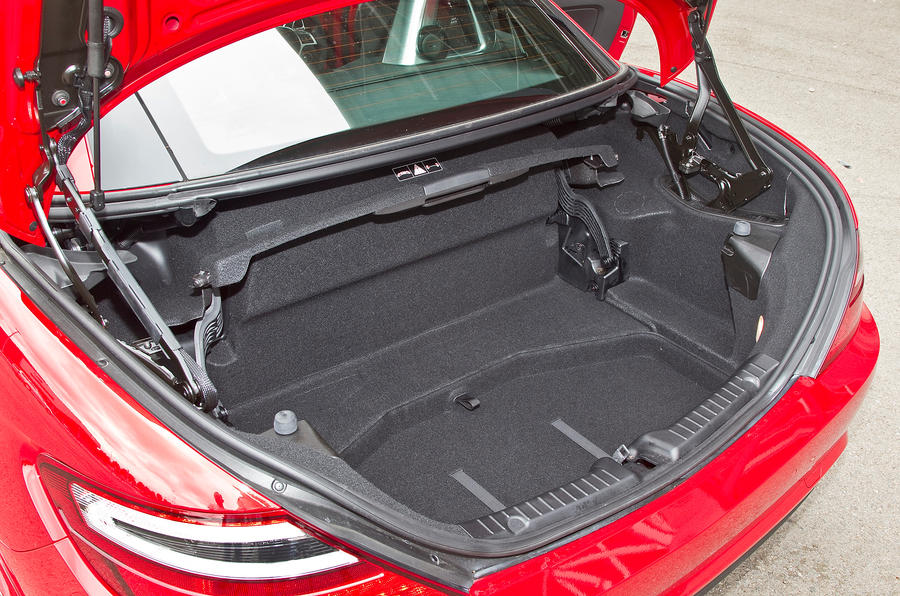 Mercedes-Benz SLK boot space